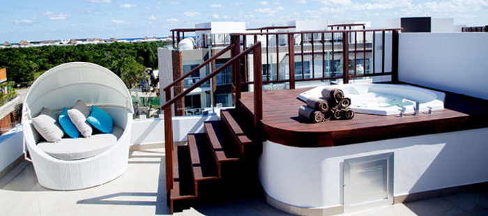 Azul Fives Accommodations - 1, 2 and 3 Bedroom Essence Sky Suite